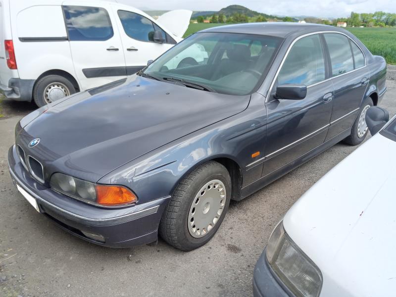 CLERMONT DEMOLITION AUTO Vehicule-BMW-SERIE-5-E39-PHASE-1-2-5-1997