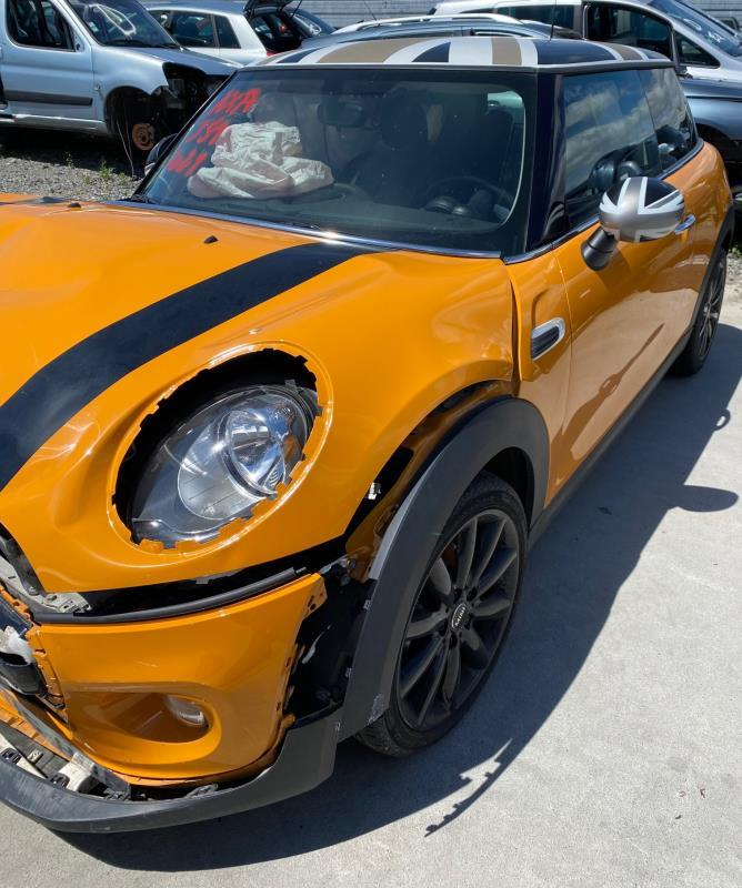 CLERMONT DEMOLITION AUTO Vehicule-MINI-MINI-3-F56-1-5-2014 VEHICULE ACCIDENTE